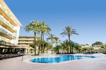ayron-park-pool