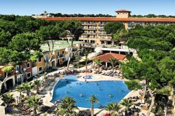 barcelo-pueblo-park-demnaechst-occidental-playa-de-palma-poolanlage