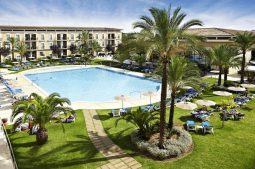 grupotel-playa-de-palma-suites-spa-pool
