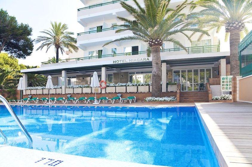 Hotel  Meter Balneario