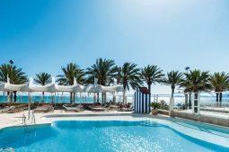 pure-salt-garona-erwachsenenhotel-ab-18-jahren-pool