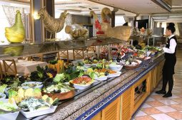 riu-playa-park-buffet