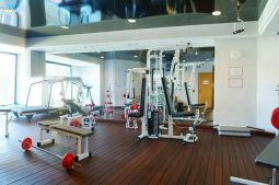 serrano-palace-fitnessraum