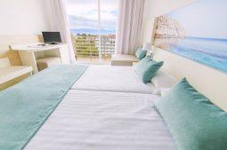 azuline-hotel-bahamas-zimmer
